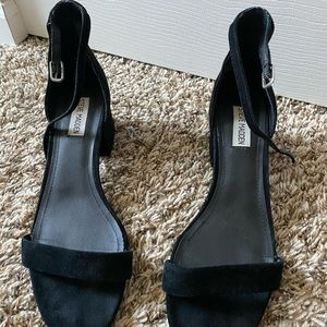 Steve Madden Shoes - Black heels